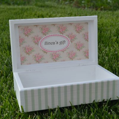 Green Stripes Shabby Chic - Cutie personalizata