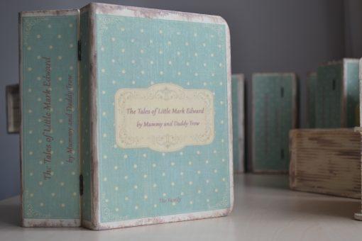 Vintage Fairytale – cutie personalizata botez